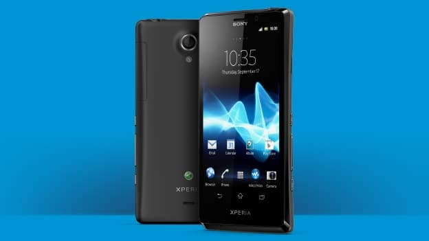 الطلبات على الهاتف الجديد Sony Xperia T تبدأ في بريطانيا