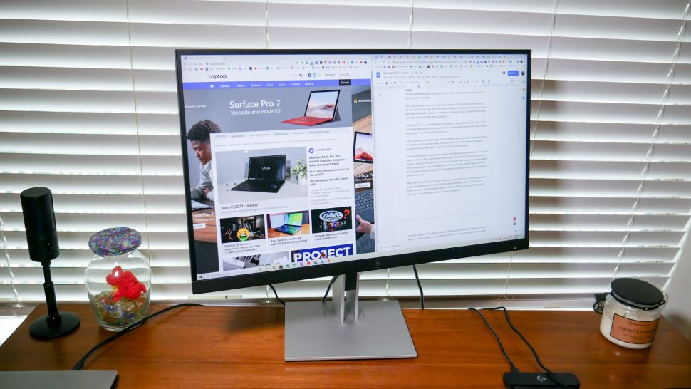 HP E27d G4 monitor - أفضل شاشات ماك بوك برو في 2021